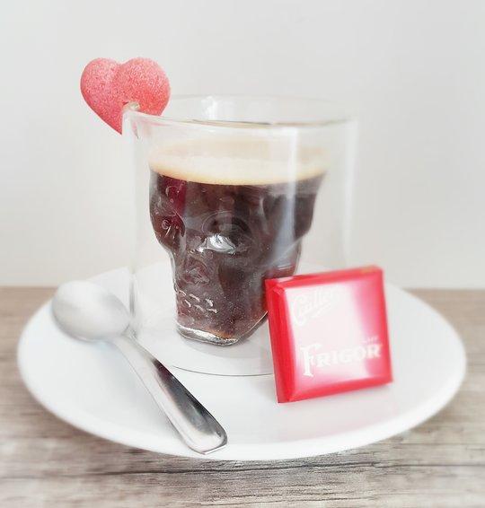 un café en forme de crâne