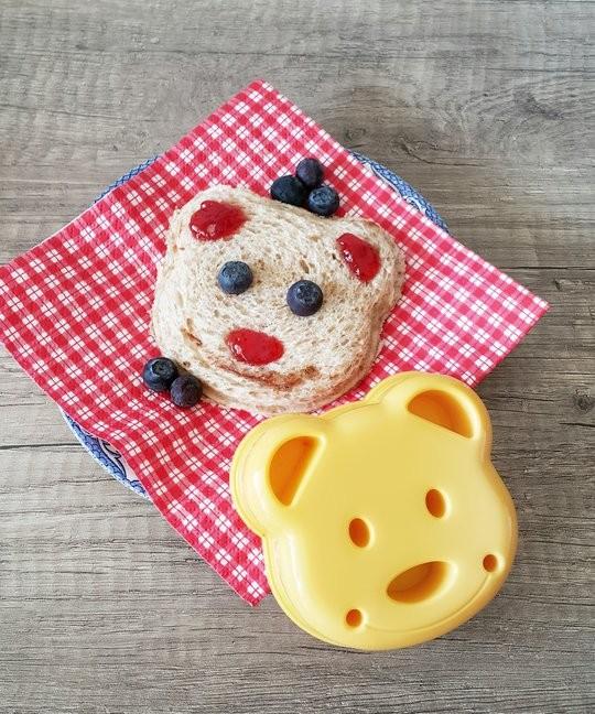 Decoupe-sandwich avec sandwich ourson