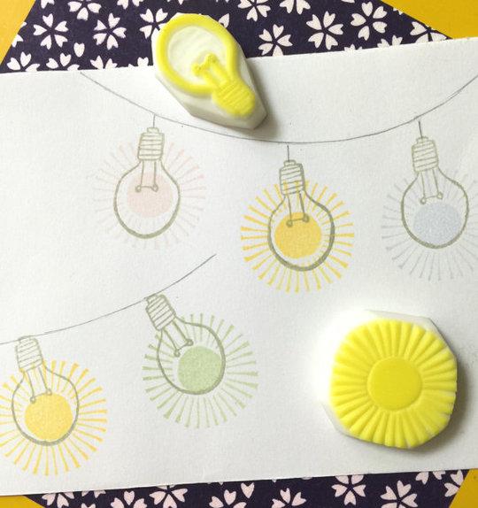 Adorable set de tampons en forme d'ampoule pour la décoration de cartes ou de post-it.