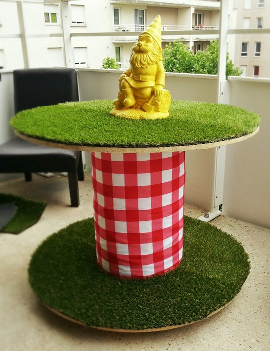 Comment on a d tourn un touret en table de jardin - Table de jardin qui reste dehors creteil ...