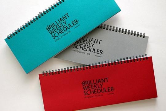 Un weekly planner Dubu Dumo qui existe en trois coloris chatoyants