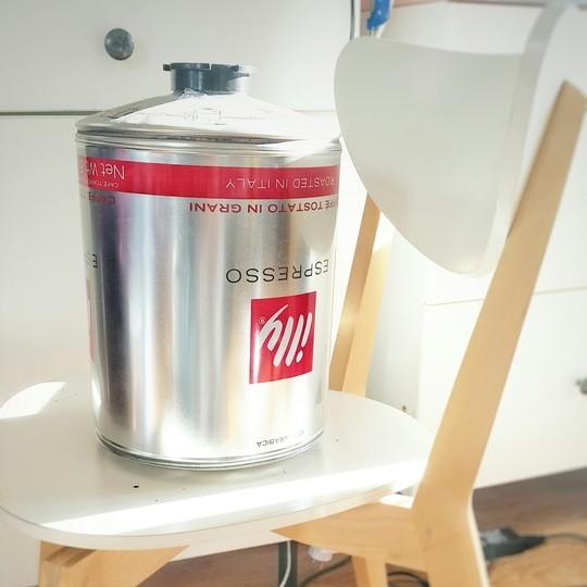 Une bombonne de cafe Illy de 3kg